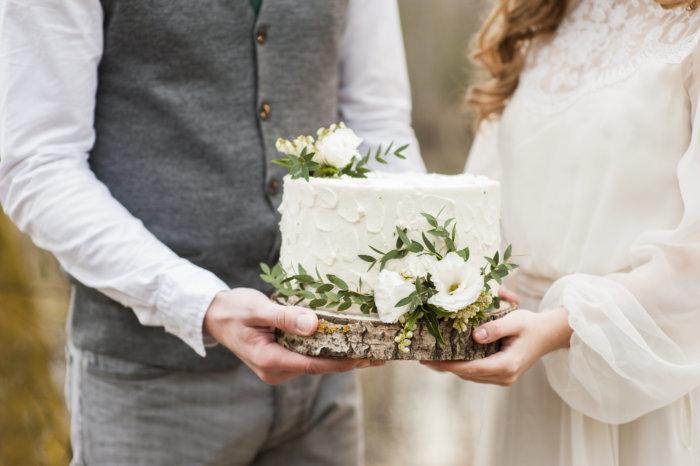 結婚の約束を交わす「成婚」