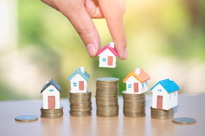 ビジネスの勧誘、不動産などの投資用商品の売買を持ちかける