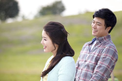 中高年で婚活を始めるには結婚相談所がおすすめの理由
