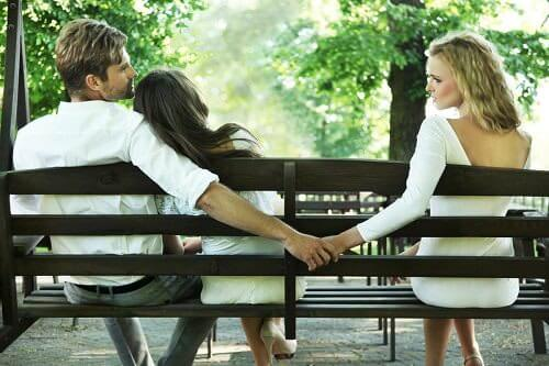 婚活パーティーで既婚者に出会ってしまった場合の対処法と見極め方