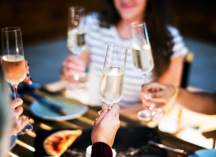 婚活パーティーやセミナー参加費