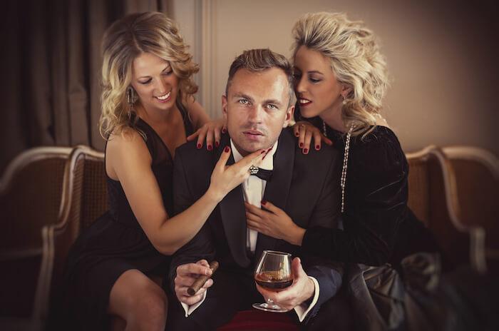 年収の高い男性は婚活パーティーでモテるのか?