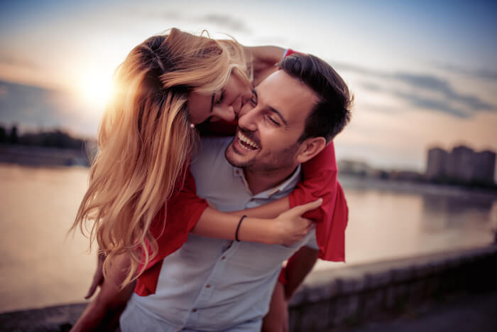高収入男性と結婚した女性に存在する共通点
