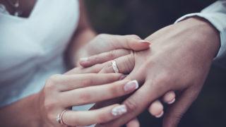 婚活サイト・アプリに潜む既婚者男性を見抜く19の方法。既婚者の特徴から見分け方を徹底解説