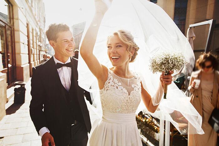 女性の結婚願望を利用する
