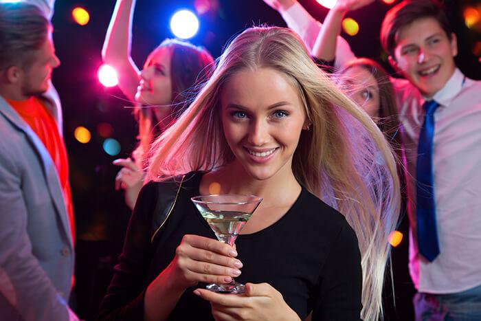 """婚活パーティーのサクラのアルバイトに潜むリスク。時給の高い""""サクラ""""バイトの求人情報には気をつけよう"""