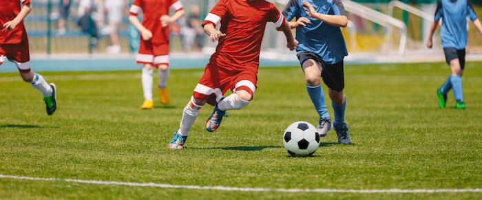 チームプレイを意識してスポーツに取り組む