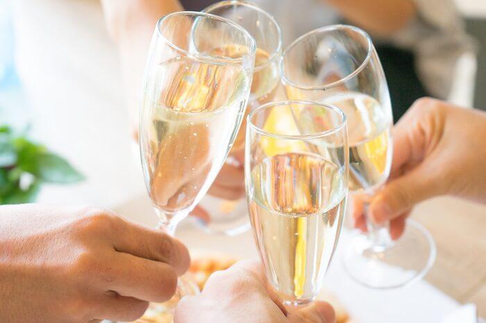 自分が希望する年齢層の婚活パーティーを選ぶ