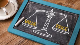 結婚相談所の料金相場を徹底解説。入会金や費用を抑えるコツを紹介