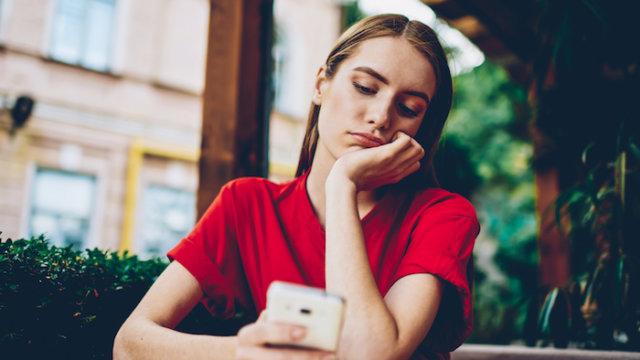 マッチングアプリ・婚活サイトのメッセージ(LINE)がつまらない人の特徴と対処法!返信が面白くない人と会うべきか?
