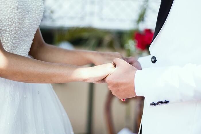 1.結婚相談所のサービス内容で選ぶ